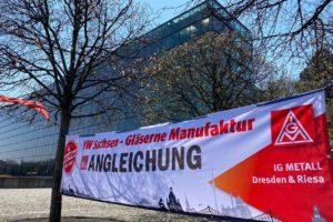 Streik VW Gläserne Manufaktur Dresden